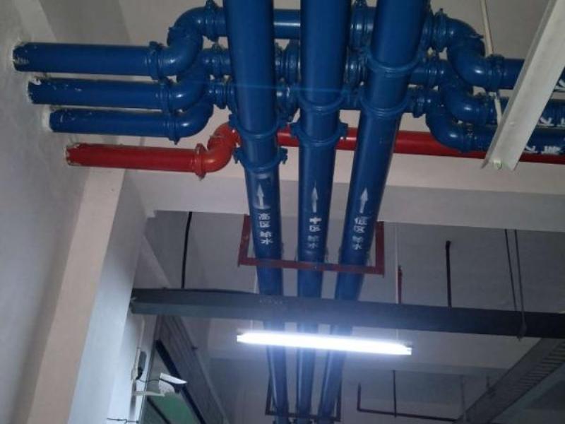 地下室管网安装
