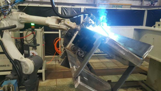 中车焊接机器人安装调试