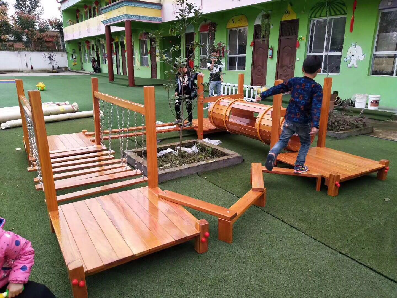 木质行走组合安装