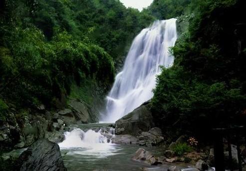 旺溪村旺溪瀑布