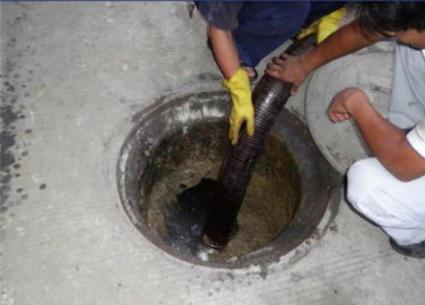 清理隔油池